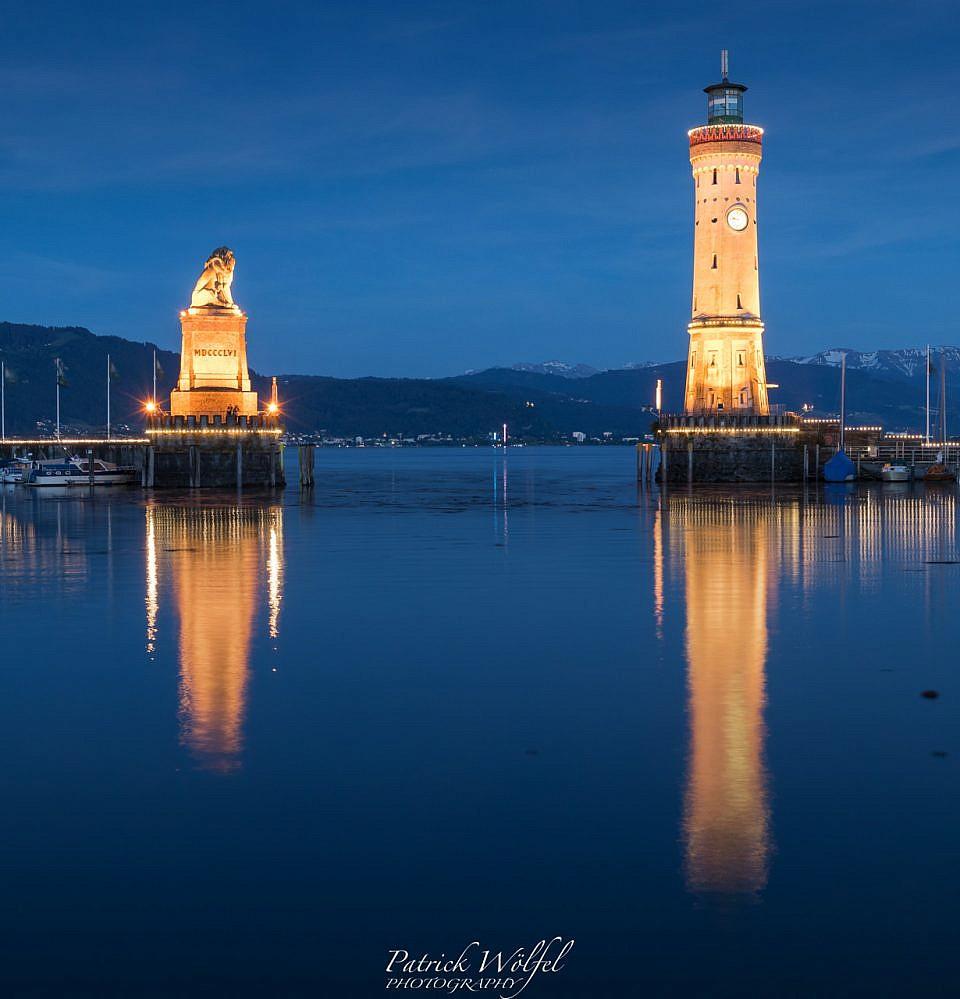Neues Foto – Hafen Lindau zur blauen Stunde